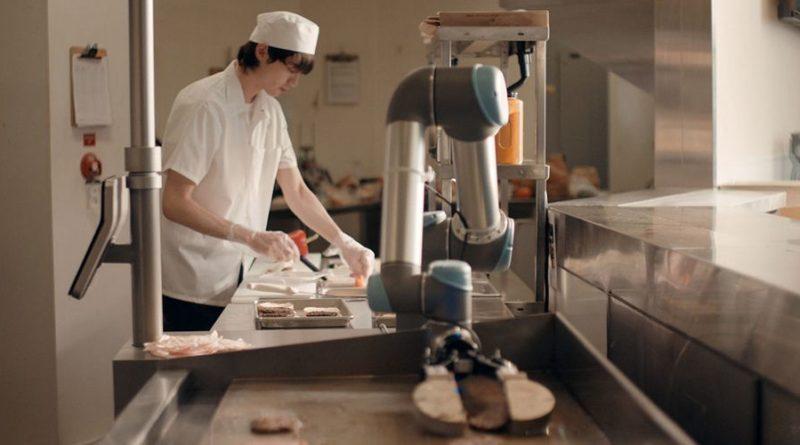 Роботы-повара Flippy появятся в 50 кафе по всему миру